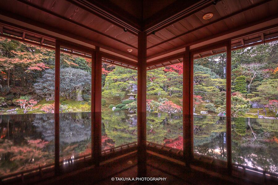 滋賀県の絶景 旧竹林院の紅葉
