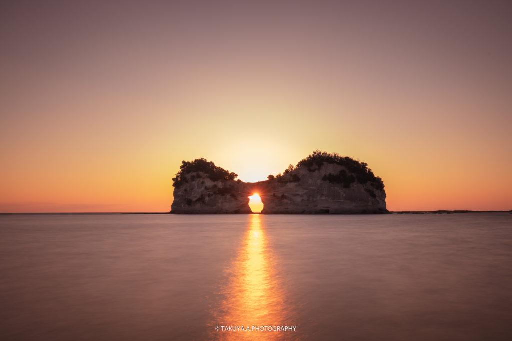 和歌山県の絶景 円月島の夕日2