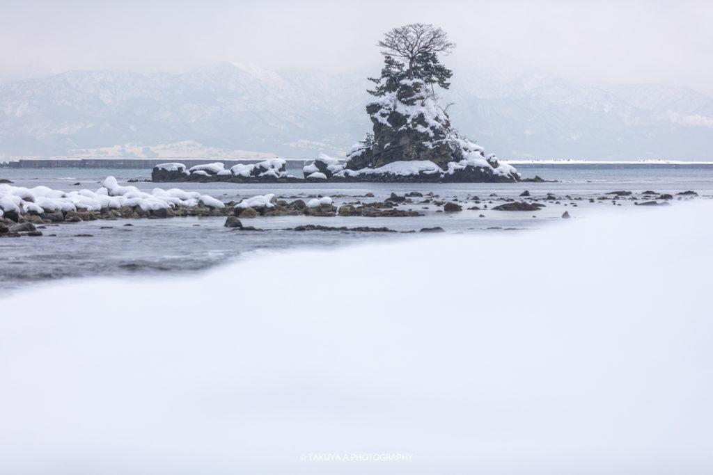 富山県の絶景 雨晴海岸 雪景色 撮影スポット3