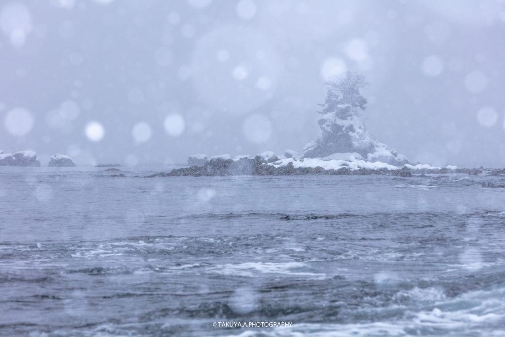 富山県の絶景 雨晴海岸 雪景色 撮影スポット5