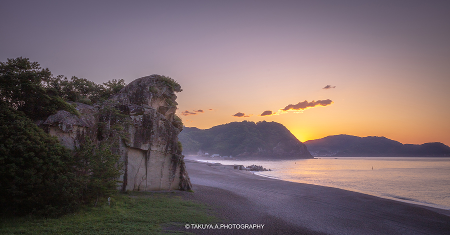 三重県の絶景 獅子岩の朝日